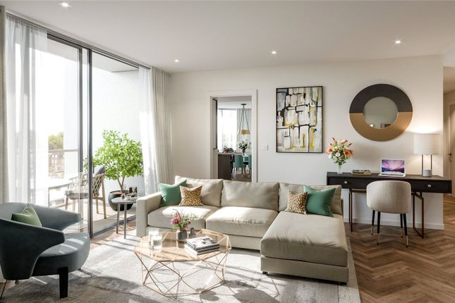Thumbnail Flat for sale in Kings Road Park, London