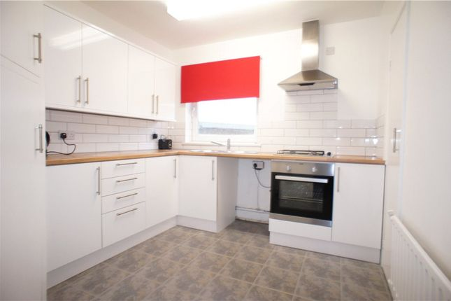 Thumbnail Flat to rent in Woolwich Road, Belvedere, Kent