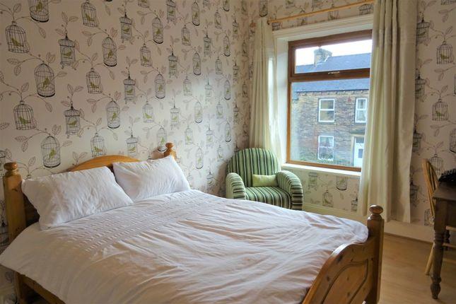 Bedroom of Waverley Road, Elland HX5