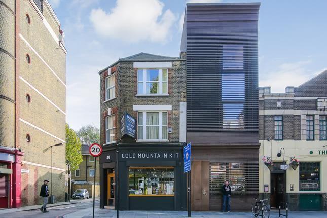 Thumbnail Retail premises to let in Shop, Tower Bridge Road, London