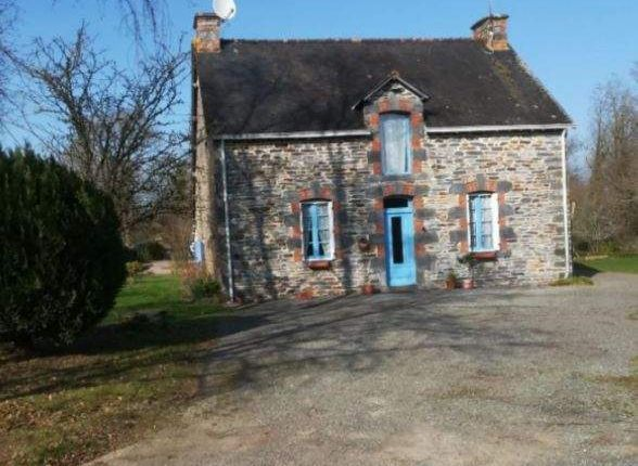 Thumbnail Country house for sale in La Gacilly, France