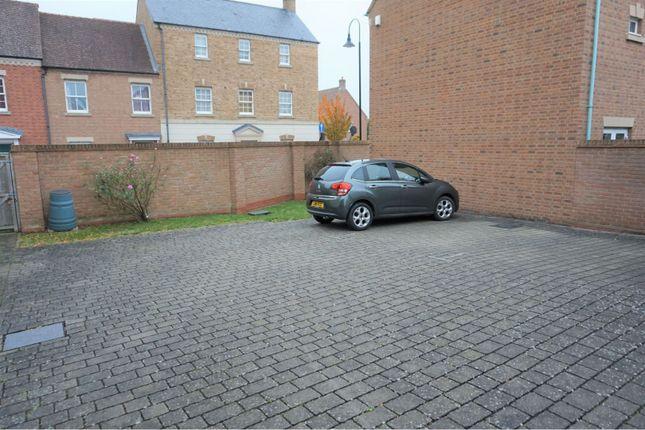 Parking of Rylane, Swindon SN1
