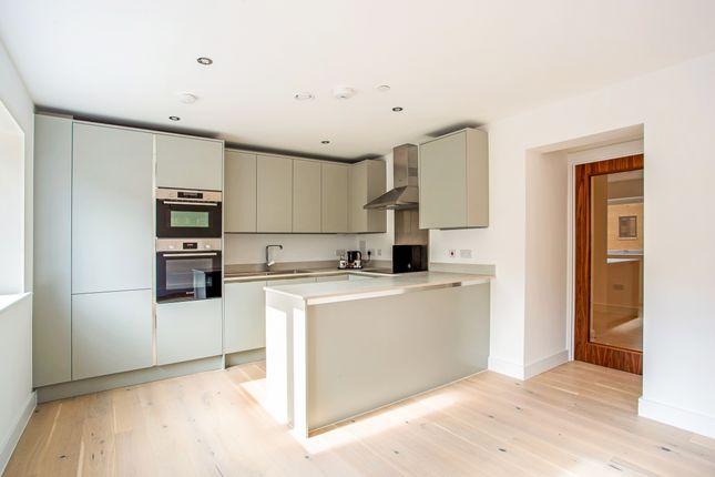 Thumbnail Flat to rent in Lansdown Road, Cheltenham