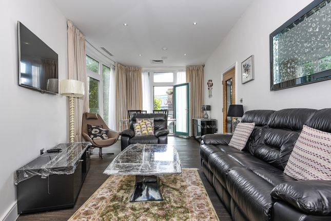 Thumbnail Flat for sale in 1 Shoot Up Hill, London