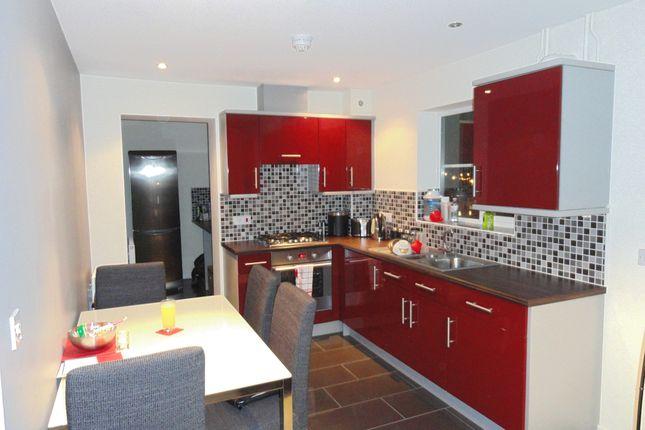 Thumbnail Flat to rent in Kestrel Lane, Hamilton