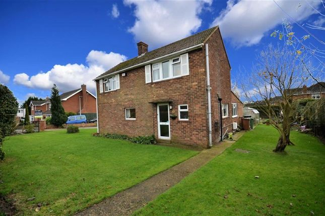 Thumbnail Property for sale in Cemetery Road, Laceby, Grimsby