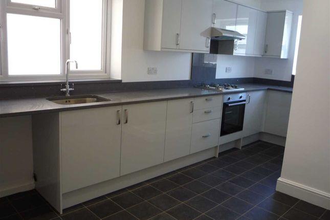 Kitchen of Darnley Street, Gravesend DA11