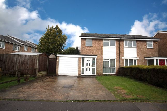 Thumbnail Semi-detached house to rent in Buckingham Drive, Luton
