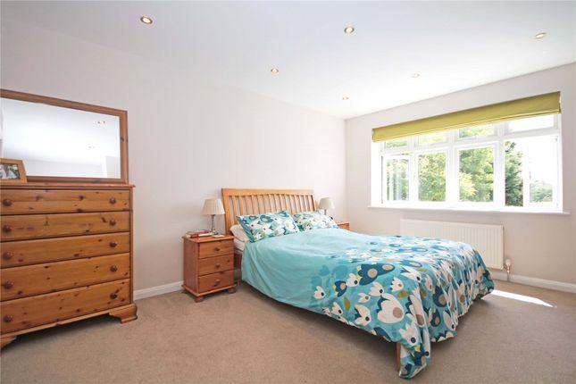Picture No. 07 of Addlestone, Surrey KT15