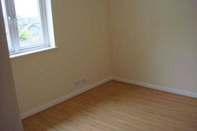 Flat to rent in Dyke Street, Baillieston, Glasgow