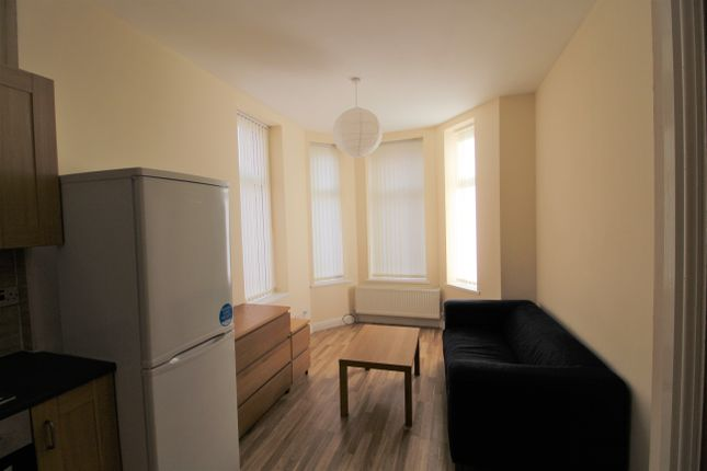 Thumbnail Flat to rent in 92 Crumpsall Lane, Manchester