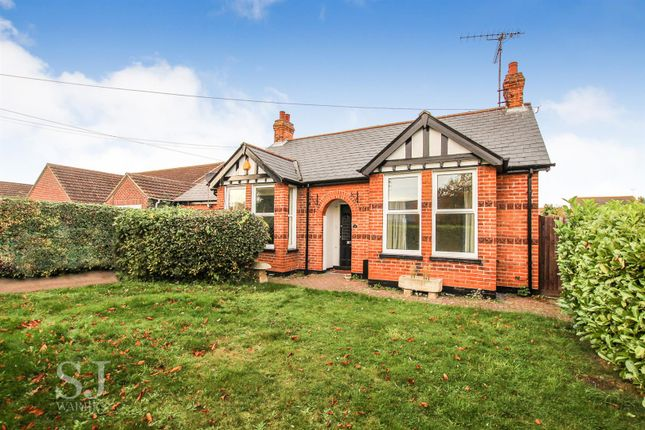Thumbnail Detached bungalow for sale in Mill Road, Burnham-On-Crouch