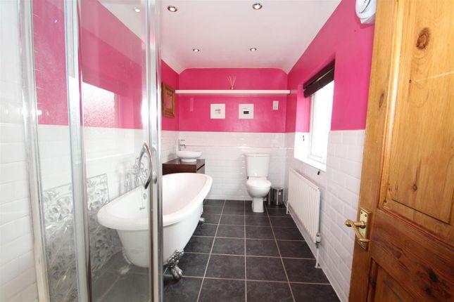 Bathroom of Augustus Road, Stony Stratford, Milton Keynes MK11
