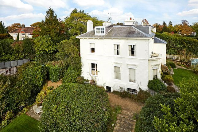 Thumbnail Flat for sale in Bishopscroft, Camden Park, Tunbridge Wells, Kent