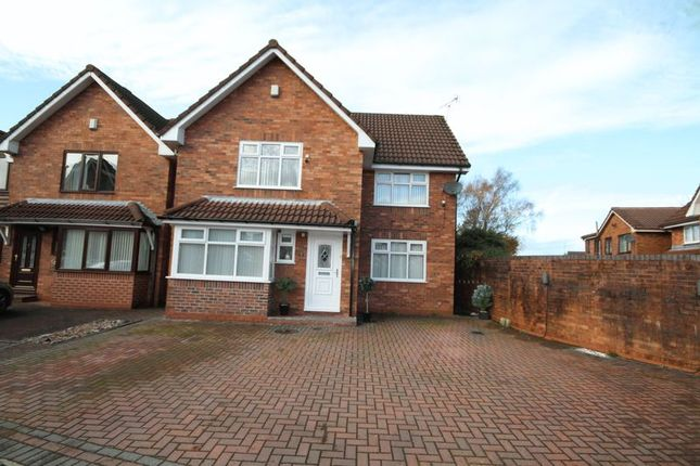4 bed detached house for sale in Mossland Close, Hopwood, Heywood