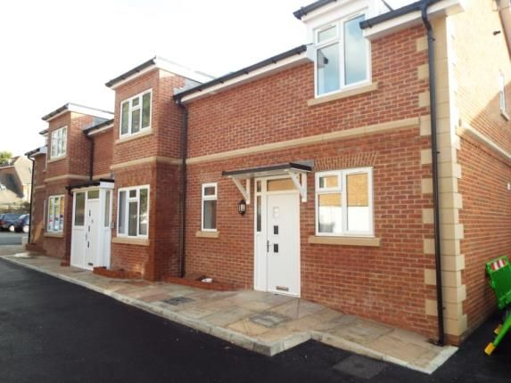 2 bed flat for sale in The Hundred, Romsey, Hampshire
