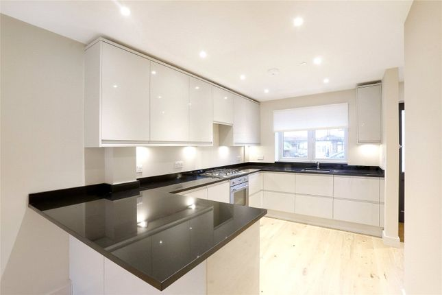 Thumbnail End terrace house for sale in Dickensons Lane, Woodside, Croydon