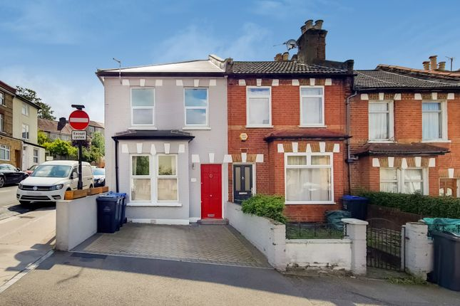 Thumbnail End terrace house to rent in Livingstone Rd, Thornton Heath, London, Greater London