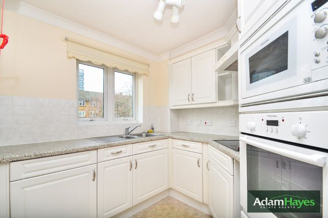 Thumbnail Flat for sale in Bedford Road, East Finchley