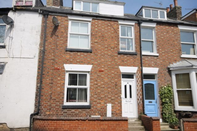 4 bed town house for sale in Mitford Street, Filey