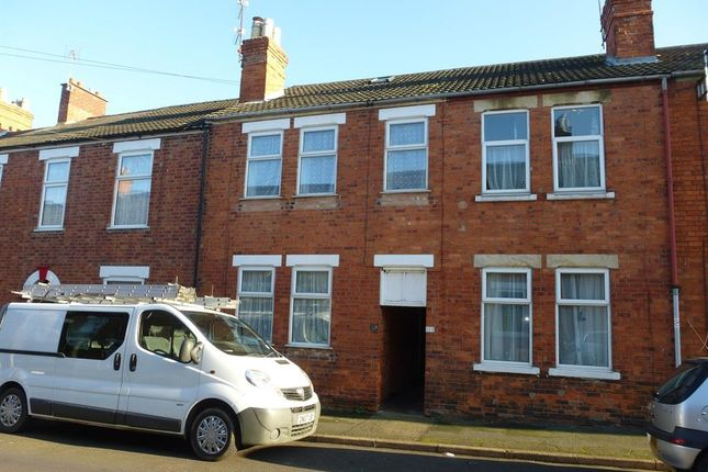 Thumbnail Property to rent in Victoria Street, Grantham