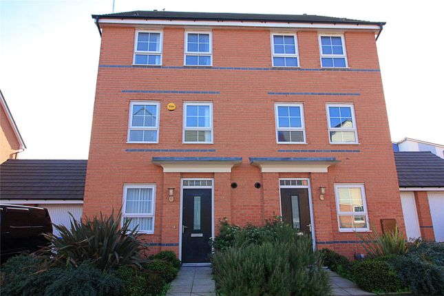 Semi-detached house in  Canal View  Bishop Gate Green  Coventry  Birmingham
