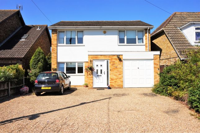 Thumbnail Detached house for sale in Kings Road, Basildon
