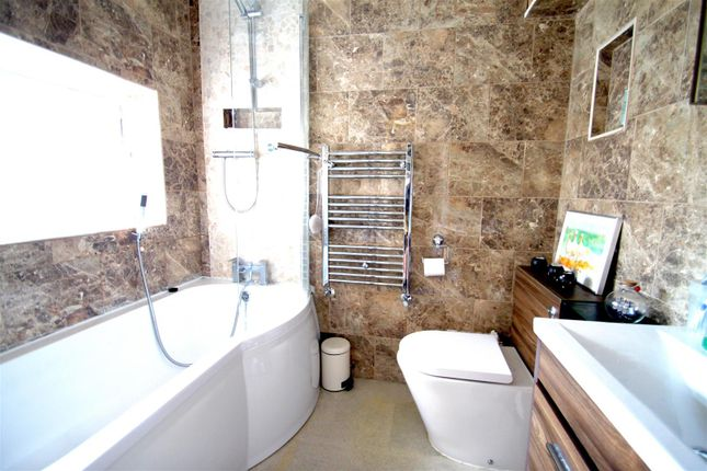 Bathroom of Sovereign Road, Earlsdon, Coventry CV5