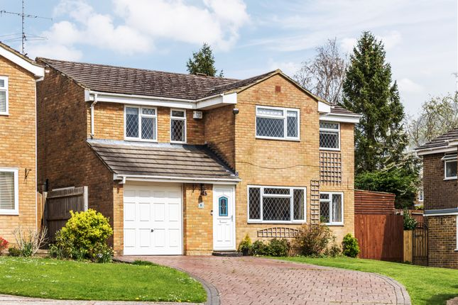 Thumbnail 6 bed detached house for sale in Burleigh Close, Crawley Down