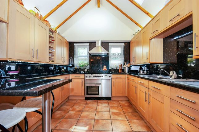 Thumbnail Detached house for sale in South Street, Partridge Green, Horsham