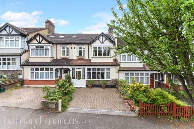 Thumbnail Terraced house for sale in Evelyn Way, Wallington