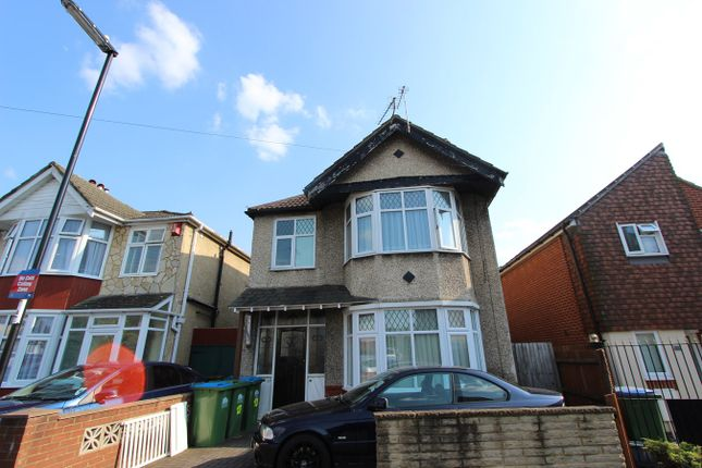 Thumbnail Flat for sale in Lansdowne Road, Southampton