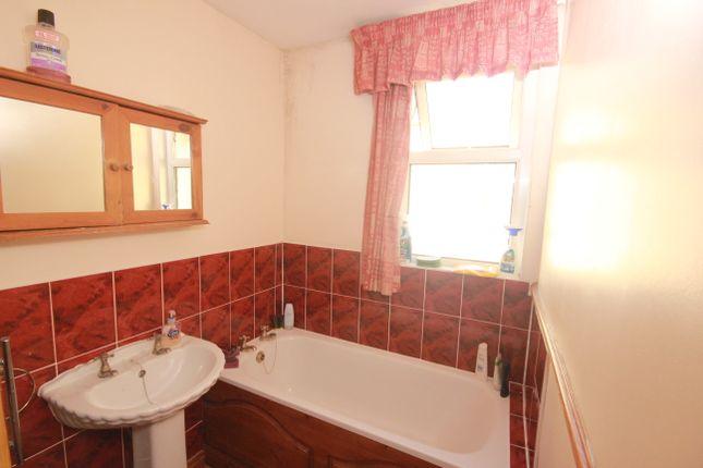 Bathroom of Salisbury Road, Lipson, Plymouth PL4
