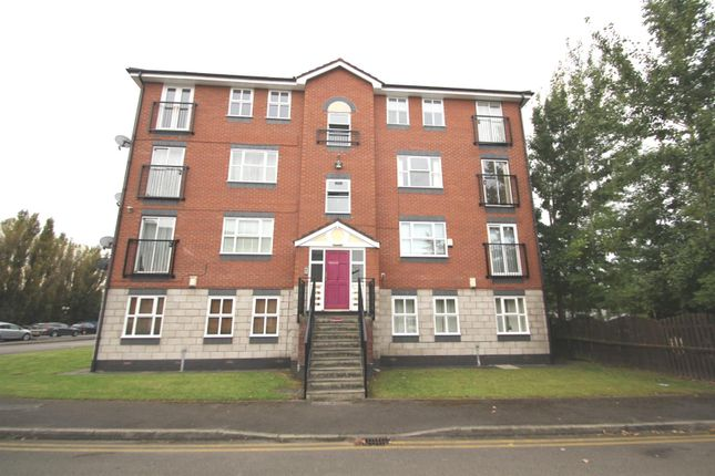 2 bed flat to rent in Sherborne Street, Manchester