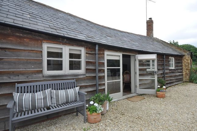 Thumbnail Barn conversion to rent in Barford St Michael, Oxfordshire