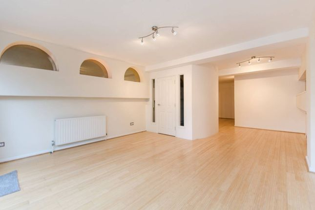 Thumbnail Property for sale in Saunders Ness Road, Canary Wharf