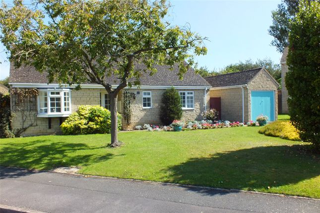 Thumbnail Detached bungalow for sale in Morris Road, Broadway, Worcestershire