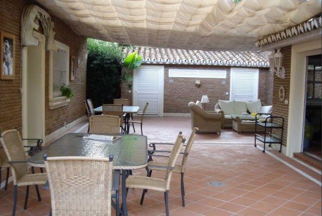5 bed villa for sale in Spain, Málaga, Málaga, Pinares De San Antón