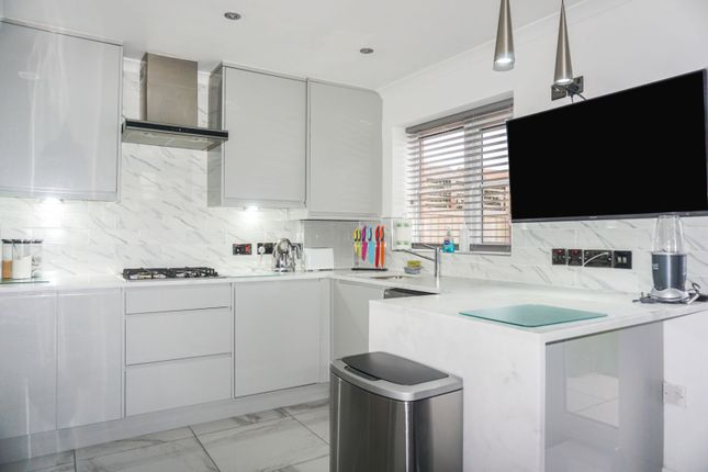 Kitchen of Easedale Road, Moston, Manchester M40