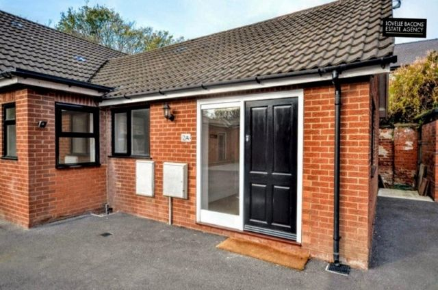Thumbnail Flat to rent in Welholme Avenue, Grimsby