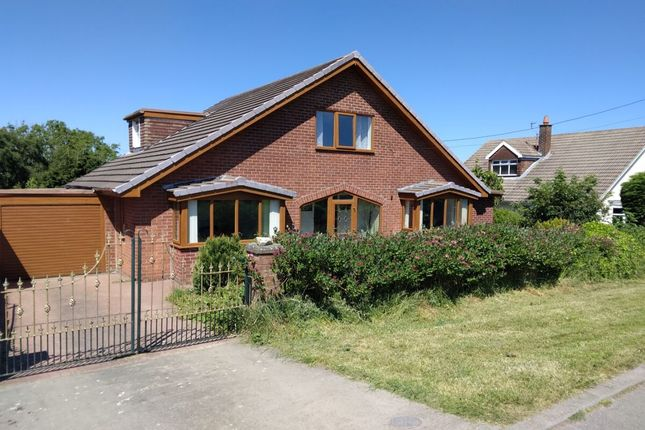 Thumbnail Bungalow for sale in Low Stanghow Road, Lingdale, Saltburn-By-The-Sea