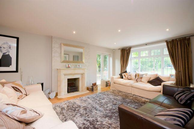 Living Room of Waterhouse Lane, Kingswood, Tadworth KT20