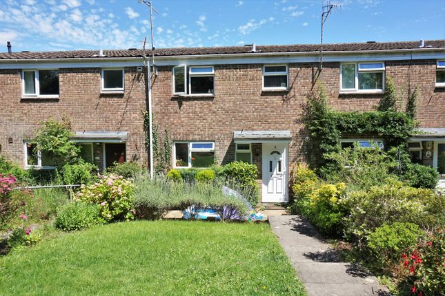 Thumbnail Terraced house for sale in Dukes Close, Arundel