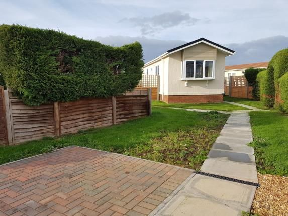 Thumbnail Mobile/park home for sale in Three Star Park, Lower Stondon, Henlow, Bedfordshire