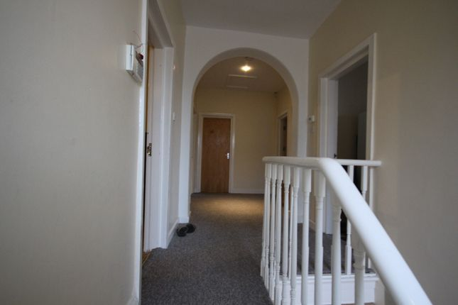 3 bed flat to rent in Upper Accommodation Road, Leeds, West Yorkshire
