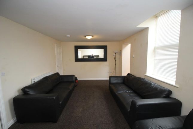 Thumbnail Terraced house to rent in Myrtle Grove, Jesmond, Newcastle Upon Tyne
