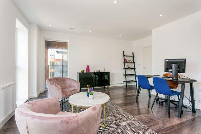 1 bedroom flat for sale in Horton Road, West Drayton
