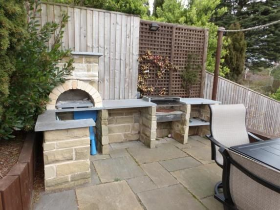 BBQ Area of Roman Road, Birstall, Leicester LE4