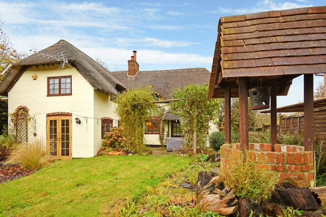 Thumbnail Cottage for sale in Chapel Lane, Ashford Hill, Thatcham
