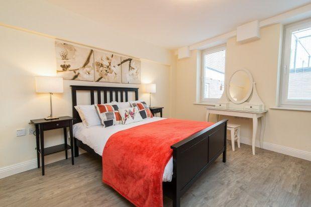 Thumbnail Flat to rent in Feathers Lane, Basingstoke